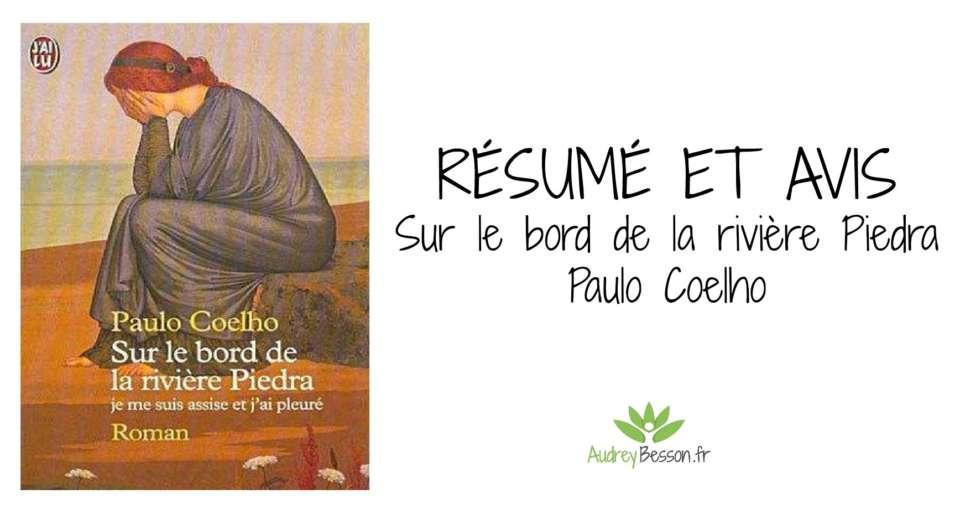 Sur Le Bord De La Rivière Piedra Paulo Coelho