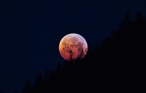 Éclipse De Lune Du 30 Novembre 2020 Astrologie Numérologie